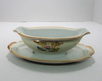 """Vintage Haviland gravy boat hand painted """"H"""" hallmark on bottom Thanksgiving Christmas Holiday Table   floral motif great condition"""