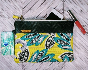 Vegan Leather Wristlet / African Bag / iPhone Purse / Clutch Bag / Wristlet / Cellphone Clutch / Mothers Day Gift / Gift for Her / Wakanda