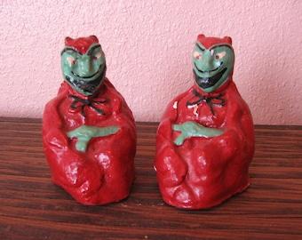 Devil Salt and Pepper Shakers Satan Red Demon Halloween Kitchen