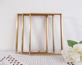 Vintage Gold Metal Picture Frame 10 x 12 Photo Decoration Mid Century Modern Hollywood Regency Rustic Shabby Chic Retro Cottage Home Decor