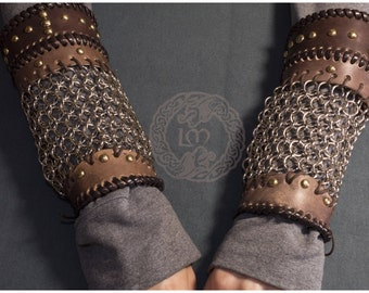 Lagertha's Bracers - Vikings - Cosplay -leather Bracers with Chainmaille
