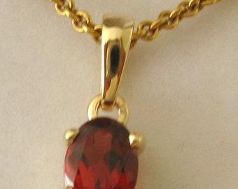 Genuine SOLID 9K 9ct YELLOW GOLD January Birthstone Garnet Pendant