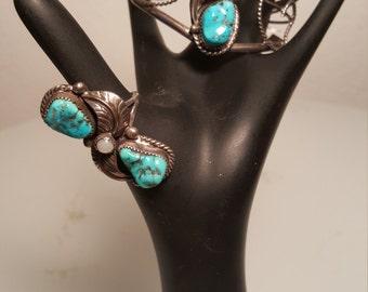 FREE  SHIPPING    Signed American Indian Navajo Turquoise Bracelet Set