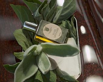 Silver lavender, Natural perfume , fresh and balsamic, with galbanum, rosemary, yuzu, elemi, sage, lavender, rose, oakmoss, Flacon.