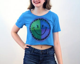90s Sequin Smiley Face T-Shirt S XS, Smiley Face Tee, Cutoff T-Shirt, Cropped Art Tee, Sequined Tshirt, Crop Top Happy Face Tee, Extra Small