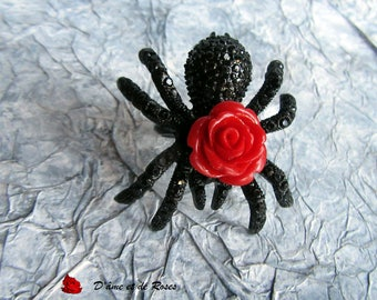 10 spider black and red rose ring