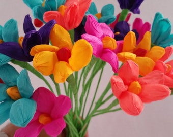 Cinco de Mayo, 10 Paper Flowers, Dia de Los Muertos, Mexican Flowers, Crepe Paper Flowers, Wedding Decorations, Party Decor, Altar Flowers