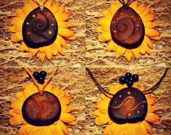 Space Spirales !   / Avocado stone necklace , avocado pit pendant , seed carving / natural jewelry , handcraft