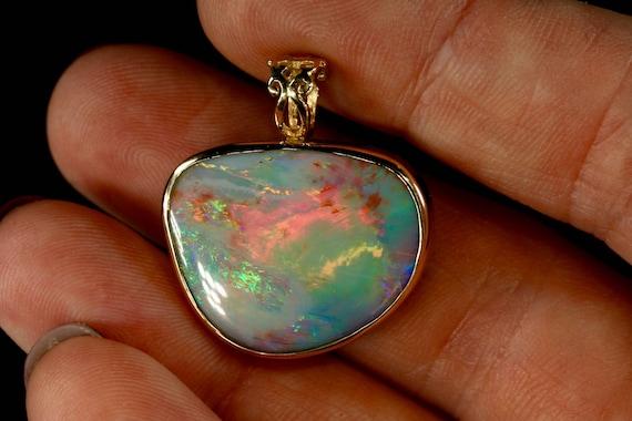 Opal necklaces unique opal pendants solid australian opal te gusta este artculo aloadofball Image collections