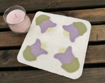Spring Tulips Wool Penny Rug / Candle Mat