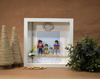 Family picture of PLAYMOBIL figures