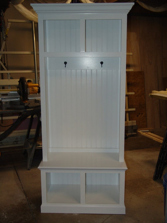 34 Wide Beadboard Hall Tree With 2 Upper Amp Lower Storage