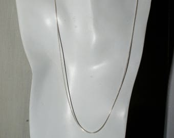 Sterling light curb chain. 20 inches.