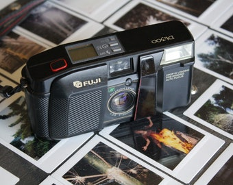 Fuji DL-300 35mm Point and Shoot Camera