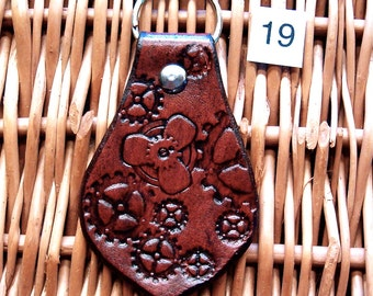 Steampunk Leather Keyring, Handmade Gears Leather Key Fob, Gears and Propeller Mashup (K19)