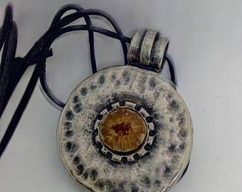 Holy Land blessing flower round pendant