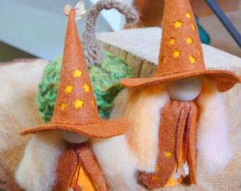 Waldorf Witch 7 inch Peg Doll, Made to order Any Color, Waldorf Witch, Art Doll