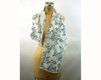 1970s Vera scarf Made in Japan long scarf navy blue and white scribble abstract polyester