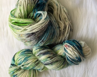 Beach Vacation, Worsted hand dyed, 100% Superwash Wool