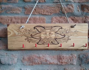 Wooden Key-Solar flare Sun Face