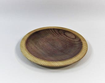 Plate or decorative purple tinted country wooden tidy