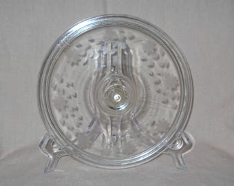 Pyrex Engraved Lid in the Spray Pattern for 1 1/2 qt Round Casserole EL 623.C