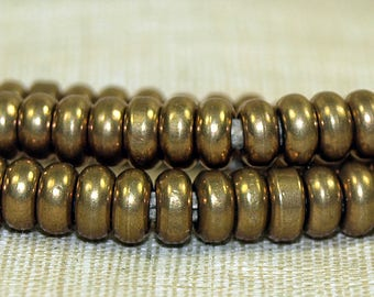 Strand of 4mm Brass Beads from India; MET1054