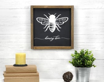 Rustic Wall Decor, Honey Bee Decoration, Farmhouse Gallery Wall, French Country Wood Sign