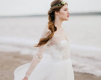 long sleeve wedding dress, wedding dress, open back wedding dress, bohemian wedding dress, boho wedding dress, tulle wedding dress