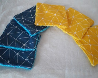 6 wipes and reusable ethnic pattern