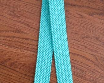 CAMERA STRAP in Teal Dot