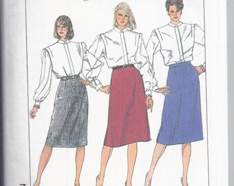 Simplicity Pattern # 7668 from 1986  Misses Slim Skirt, Waist 26 1/2