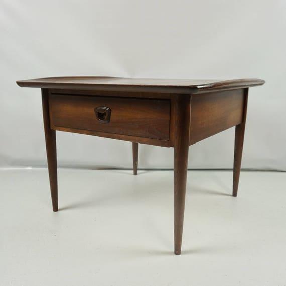 Mid Century modern Bassett end table Bassett furniture