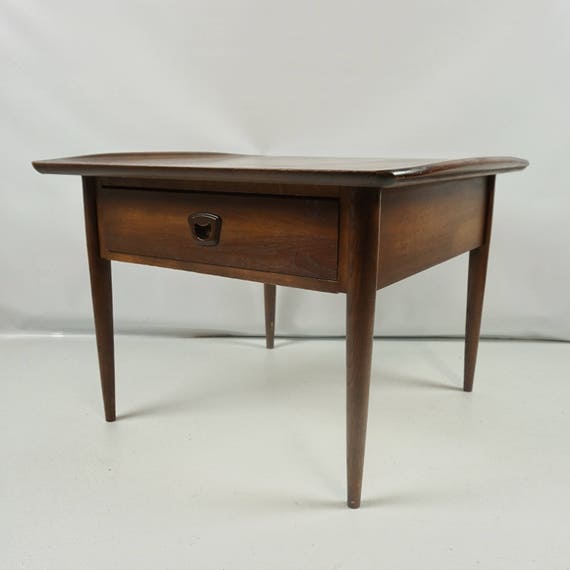 Mid century modern bassett end table bassett furniture
