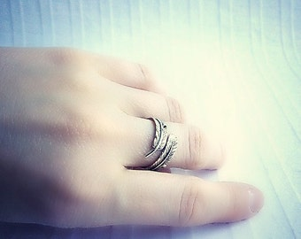 Feather wrap ring, Sterling Silver feather ring, adjustable silver ring, resizable silver ring