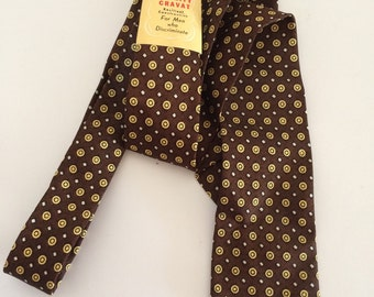 New Old Stock Mens Skinny Necktie Brown and Gold Geometric 2 3/8 inches wide