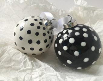Adornos de cerámica: conjunto de adornos de Navidad de 2