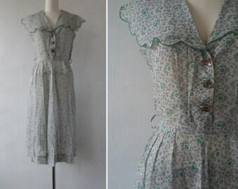 vintage dress   1940's dress   1940s dress   vintage floral dress   summer dress   floral print dress   small   Summer Breezes Dress