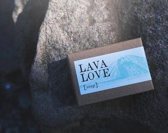 Lava Love Soap Activated Charcoal + Rose Cardamom
