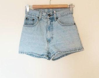 Blue Denim Shorts Vintage High Waisted Short Light Blue Denim Shorts Women's Small Denim Shorts Vintage Mom Jeans Cut Offs Summer Shorts