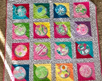 Lilly Pulitzer circles Baby Quilt
