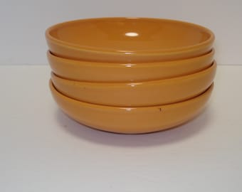 Russel Wright Iroquois Casual, Set of Four Cantaloupe Dessert Bowls