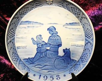 "VINTAGE ROYAL COPENHAGEN ""Sunshine Over Greenland"" Christmas Plate Hans H Hansen 1958"