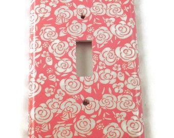 Switchplate  Wall Decor Switch Plate Covers  in  Cynthia Rose  (225S)