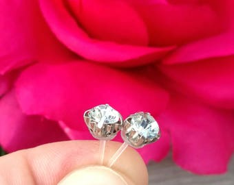 Crystal clear diamond rhinestone studs earrings with plastic post for sensitive ears nickel free diamond studs earrings gift for her