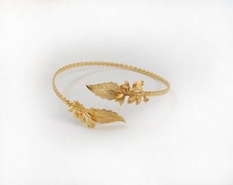 Cônes de pin laisse une bande de bras, sans plomb supérieur bras Bracelet en or, accessoires de mariée, bijoux de mariage, bijoux de déesse grecque Nature inspiré