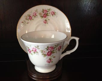 Vintage Royal Court Tea cup and Saucer