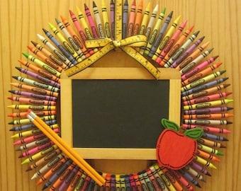 Personalized Crayon Wreath, Teacher Wreath, Teacher, Christmas gift for Teacher, Classroom decoration, teacher gift, teacher christmas gift
