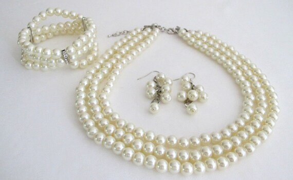 Bridal Pearl Necklace,Bridal Ivory Pearl Necklace,Three Strand Neckalce Bracelet, Ivory or White Pearls, Statement  Free Shipping In USA