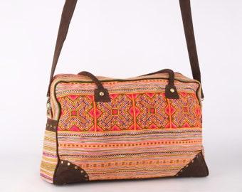Large Vintage Traditional Weekender Bag/ College Bag/ Cross body Bag/ Overnight Bag/ Vacation Bag/ Suitcase/ Tribal, Bohemian Style